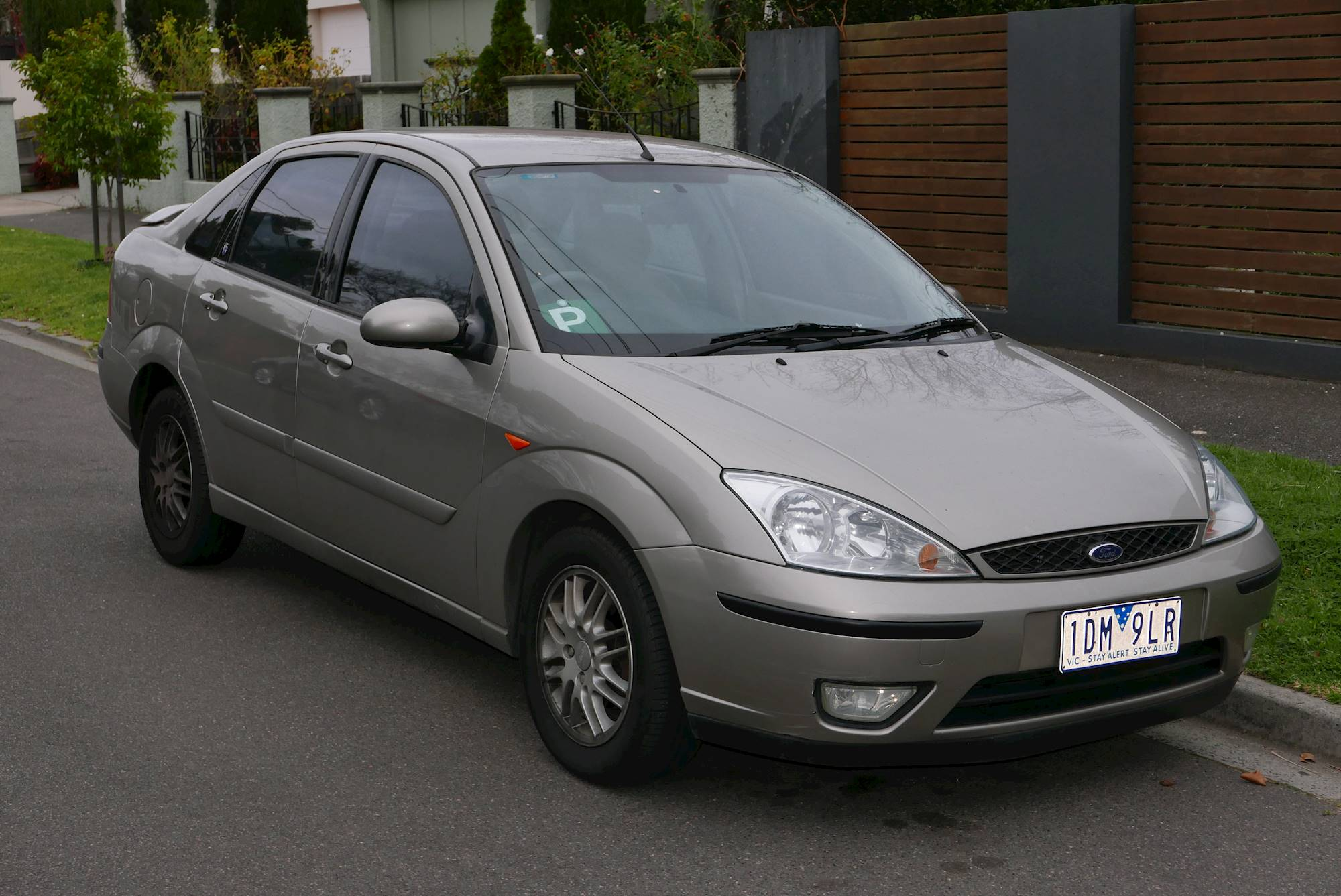 ford focus zts 2003 review